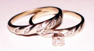 wedding-rings-1-1316666-1920x1440